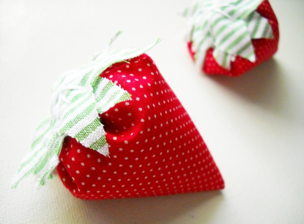strawberry sachet country living magazine